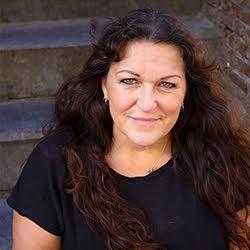 47. Laura Weijzig